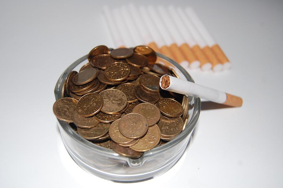cigarettes-621344_960_720